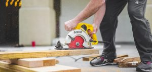 remodeling contractor with a circular saw